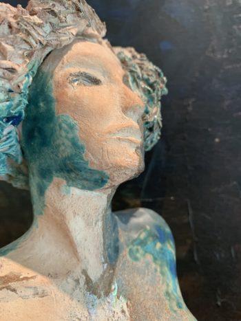 torse et tête de femme sculptés pièce unique