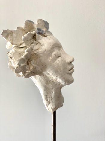 profil de femme sculpture terre vernissée lyon pièce unique