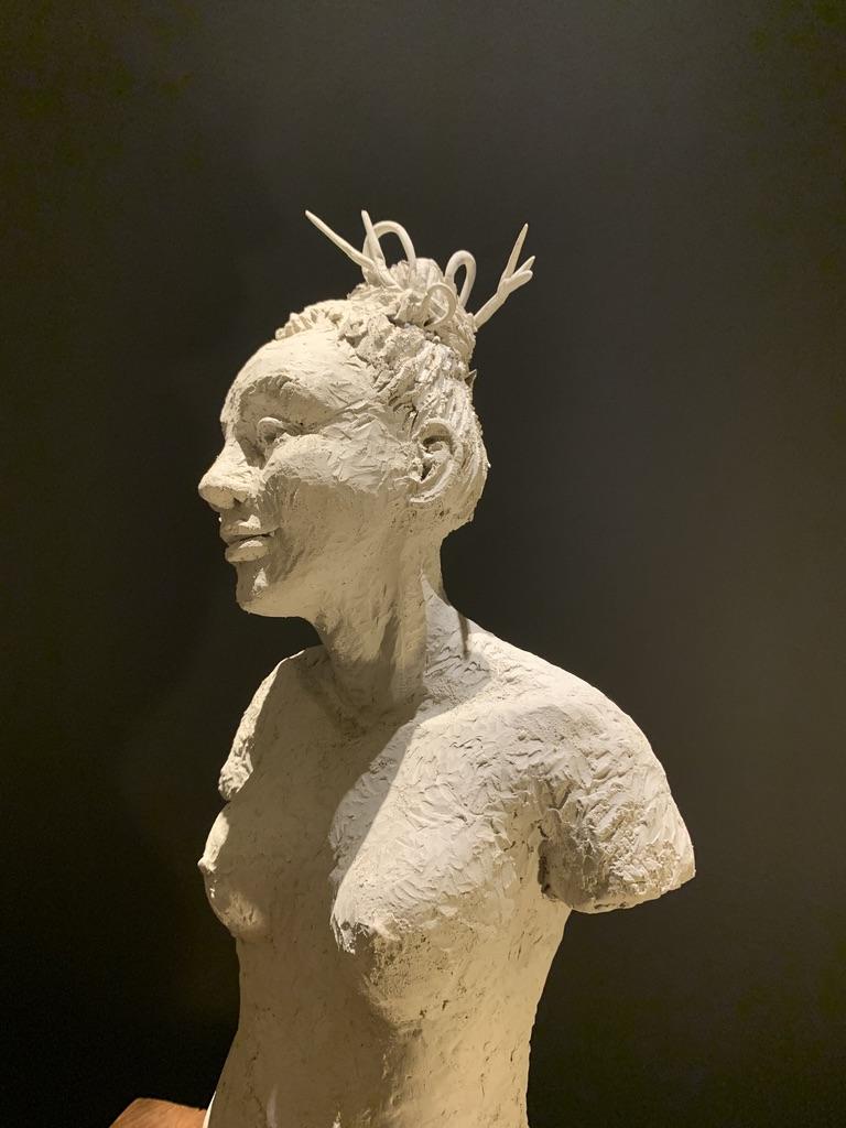 femme sculpture pièce unique lyon