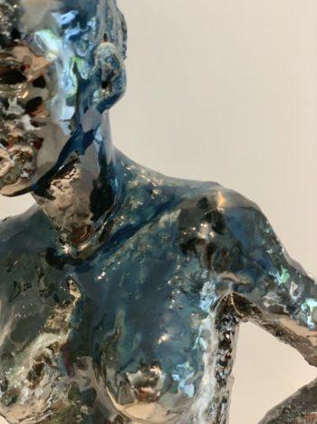 sculpture femme céramique bleu clairemichelini
