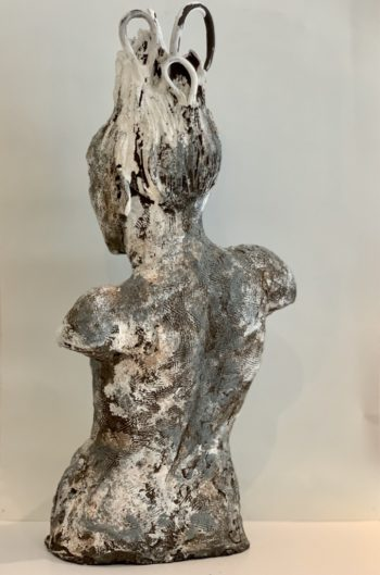 Sculpture femme lyon tassin